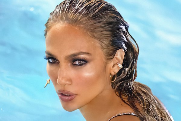 Jennifer Lopez & Rauw Alejandro – Cambia el Paso [iTunes官方MV – HD1080P]
