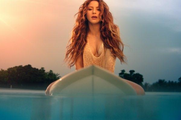 拉丁第一女神夏奇拉(Shakira) – 睽违多年新单 Don't Wait Up [iTunes官方MV – HD1080P]